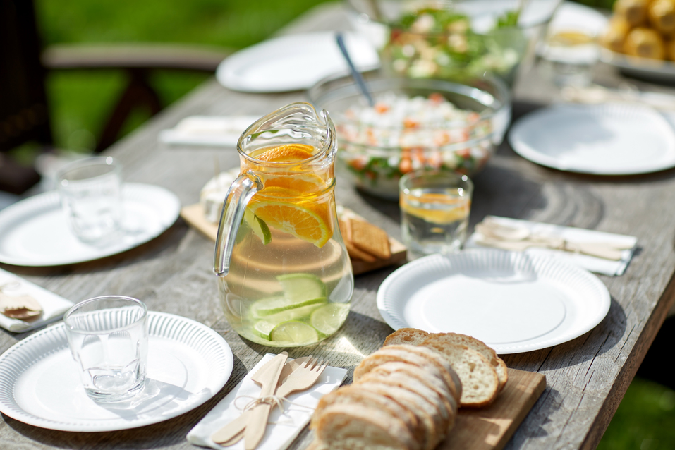 Stylish Tips For Throwing An Elegant Summer Garden Party